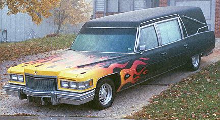 http://www.hearseclub.com/images/gallery2007/modified_hearses/cadaver.jpg